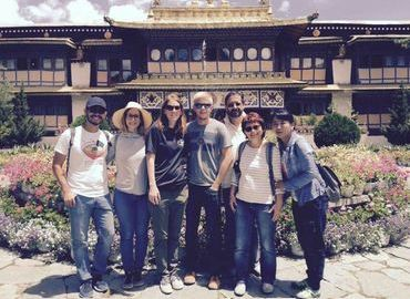 Tourists really like the Lhasa City tour to experience different culture.